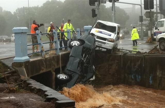 Австралия борется с последствиями наводнения