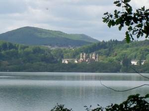 Под Лаахерским озером в Германии пробуждается супервулкан