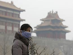 Загрязненность воздуха в Пекине достигла критического уровня