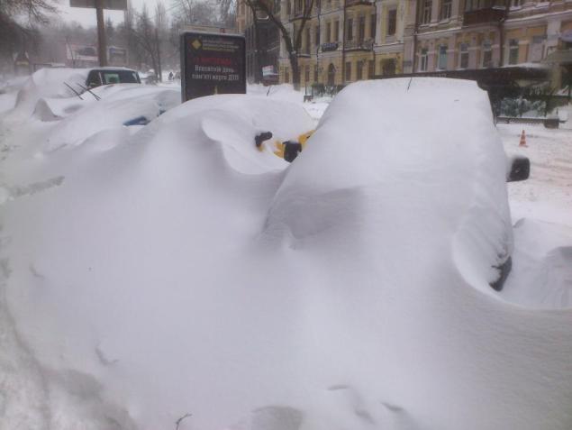Снегопад в Киеве в марте 2013