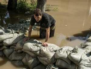 В Хабаровске началась эвакуация жителей из зоны подтопления