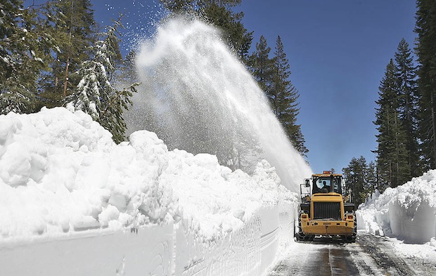 Москва учит Европу и США убирать снег