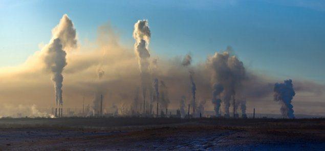В Новотроицке дымят заводы