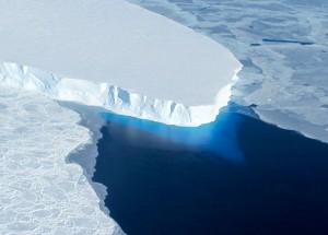 Что подо льдами Антарктиды?